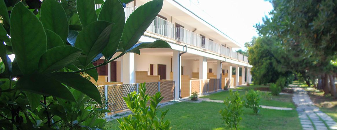 Appartamenti ad otranto arredati con cura missipezza for Appartamenti a due piani
